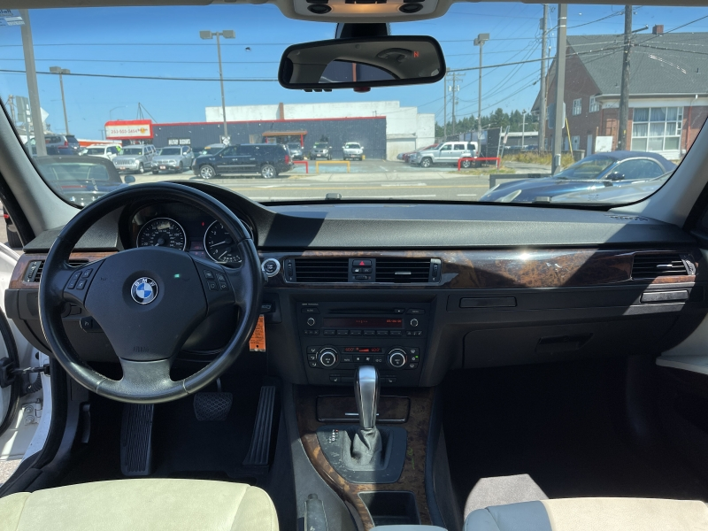 BMW 3 Series 2007 price $8,390