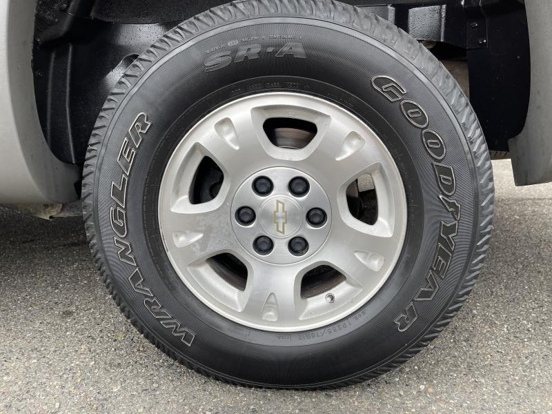 Chevrolet Avalanche 2002 price $5,990