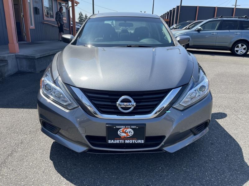 Nissan Altima 2017 price $17,990