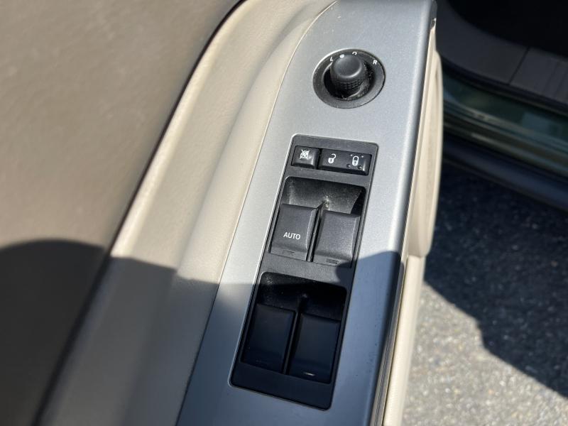 Jeep Compass 2007 price $6,990
