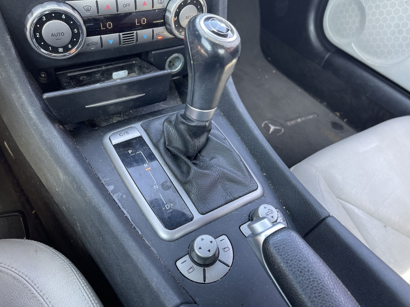 Mercedes-Benz SLK 2005 price $8,990