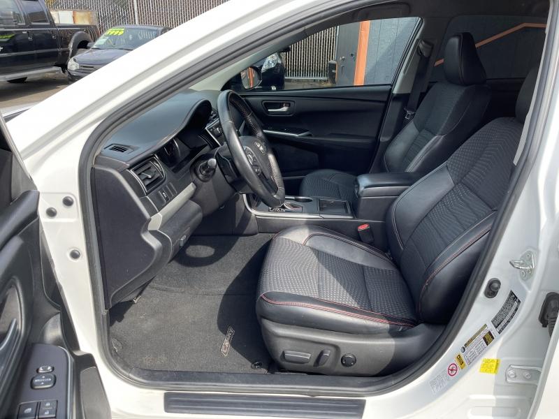 Toyota Camry 2015 price $15,490