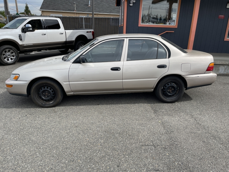 Toyota Corolla 1995 price Call for Pricing.