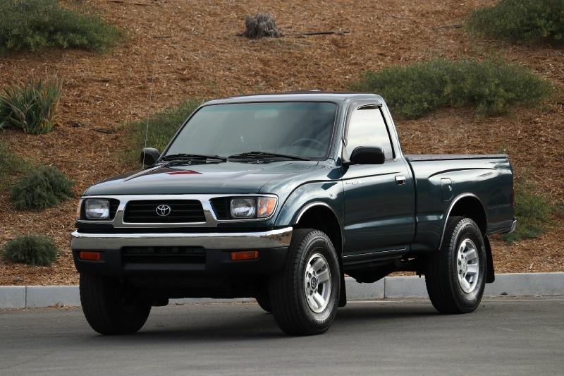 Toyota Tacoma 1995 price $15,800