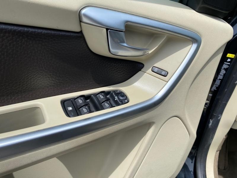 VOLVO XC60 2010 price $9,999