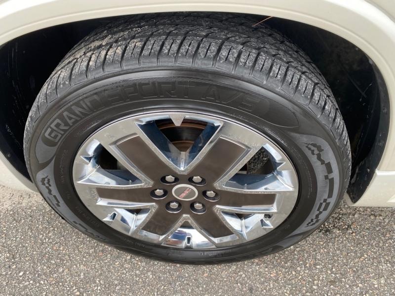 GMC ACADIA 2011 price $10,599