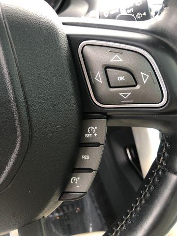 Land Rover Range Rover Evoque 2017 price $27,995