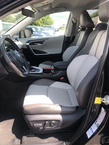 Toyota RAV4 2021 price $33,995