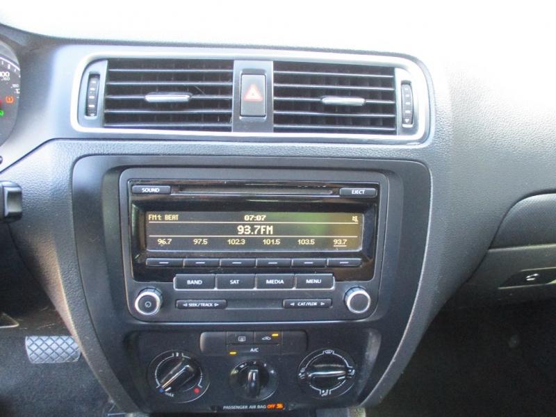 Volkswagen Jetta Sedan 2014 price $5,400