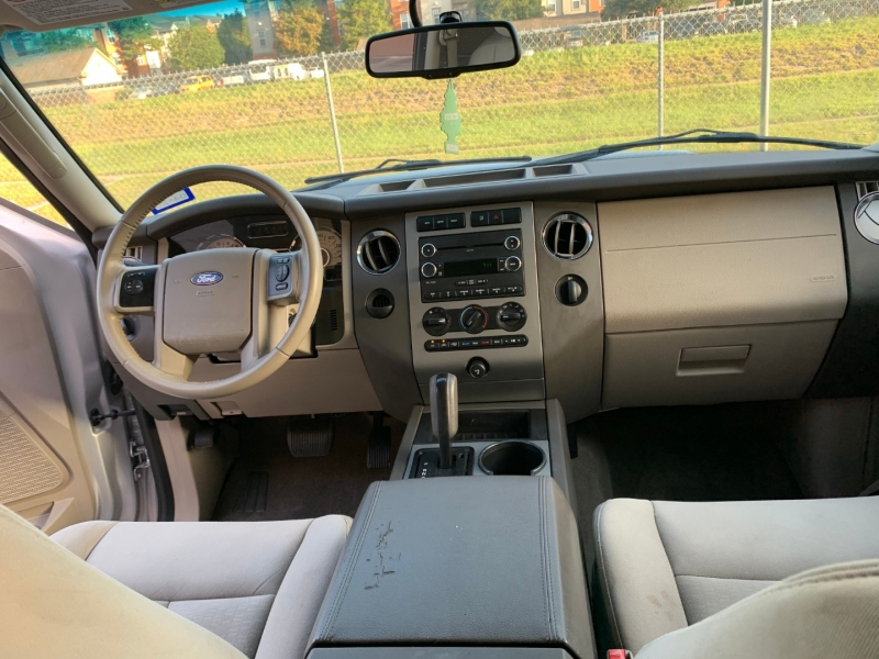 Ford Expedition 2013 price $9,200