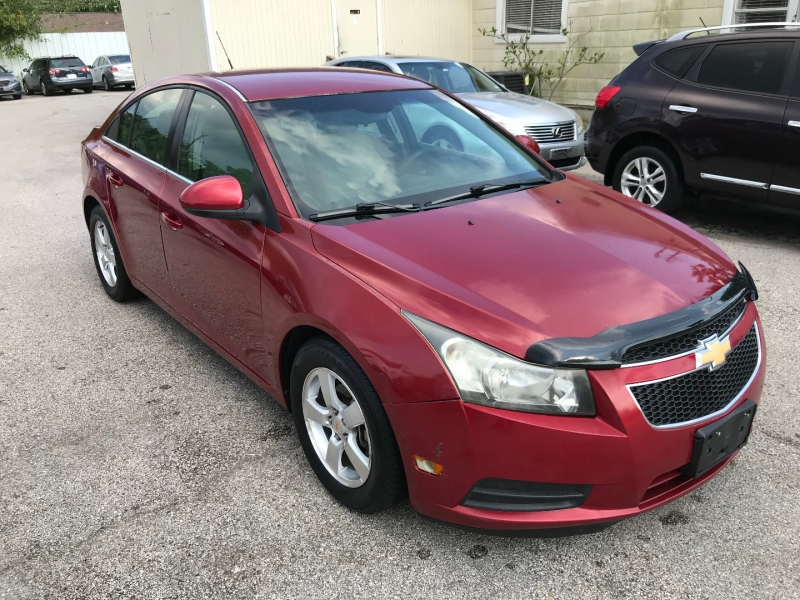 Chevrolet Cruze 2012 price $4,400