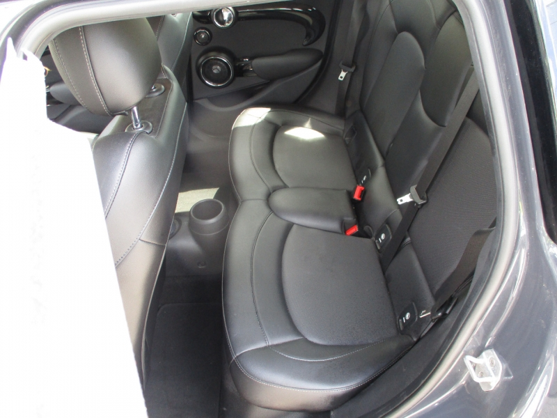Mini Cooper Hardtop 4 Door 2016 price $10,499
