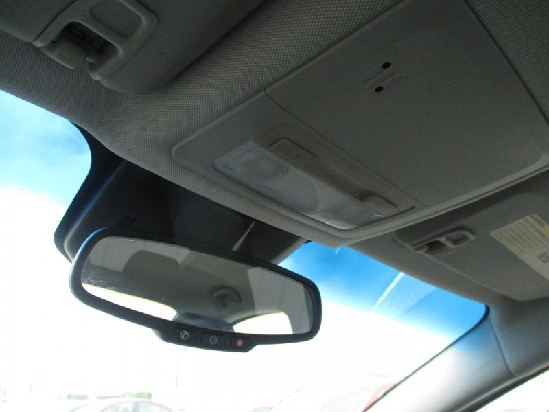 Chevrolet Cruze 2011 price $5,900