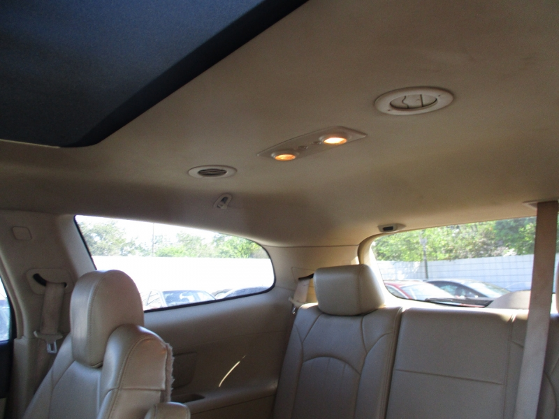 Buick Enclave 2009 price $5,995