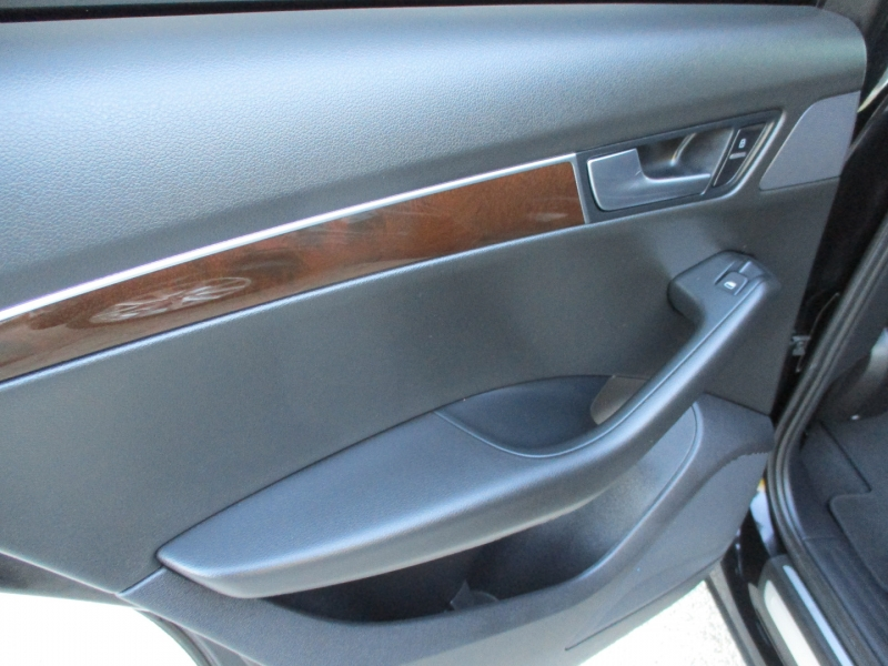 Audi Q5 2012 price $8,500