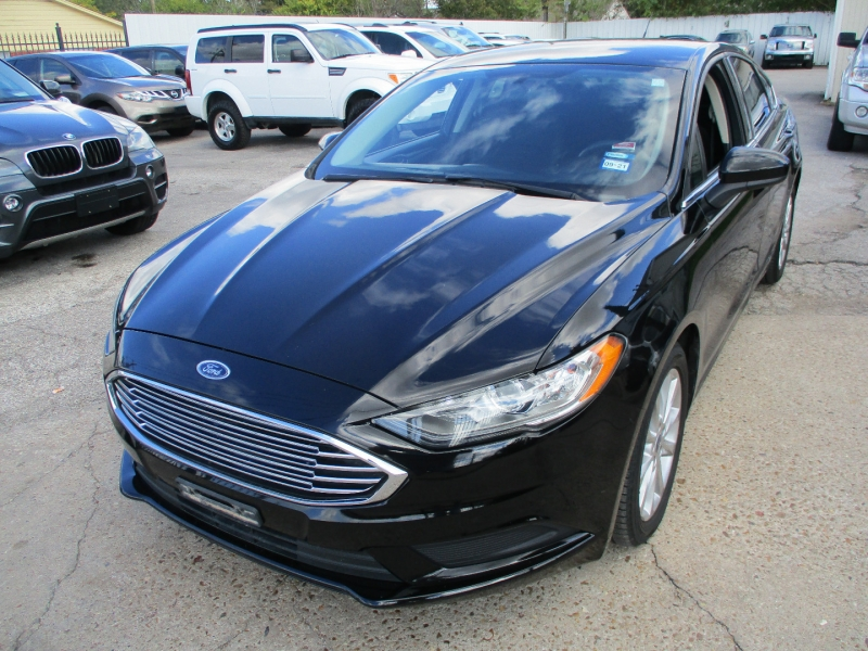 Ford Fusion 2017 price $11,900