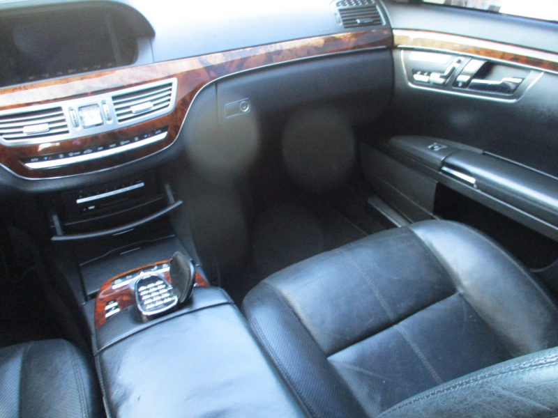 Mercedes-Benz S-Class 2007 price $9,250