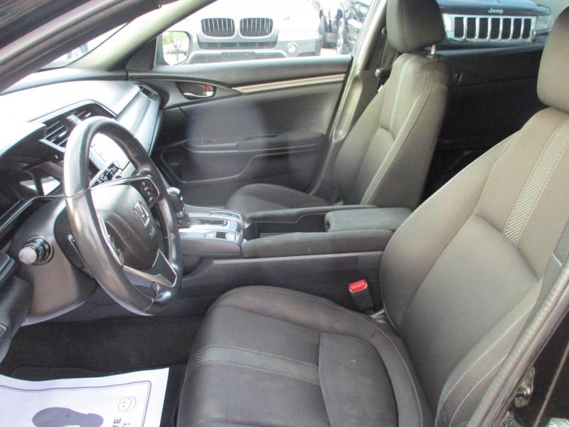 Honda Civic Hatchback 2017 price $14,500