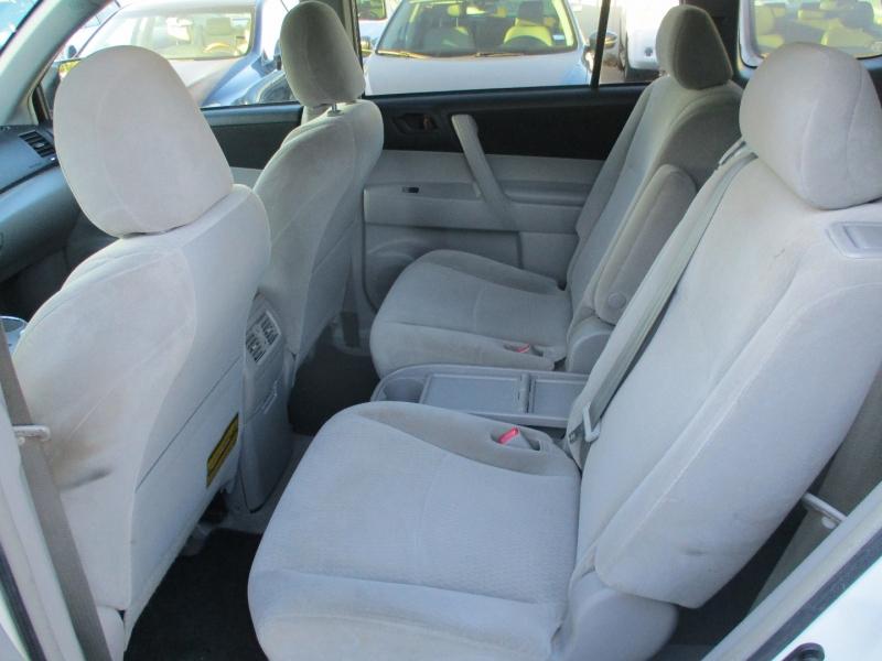 Toyota Highlander 2008 price $5,900