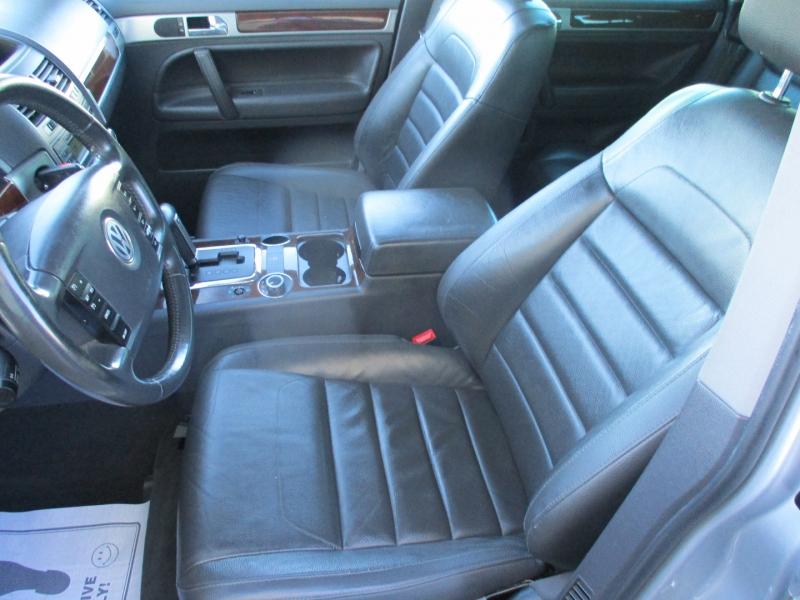 Volkswagen Touareg 2 2008 price $5,200