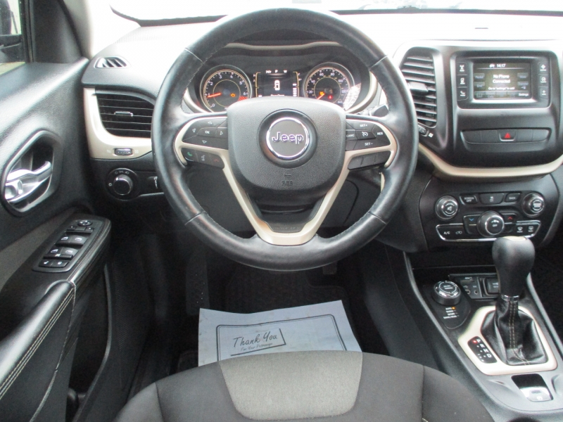 Jeep Cherokee 2014 price $9,700