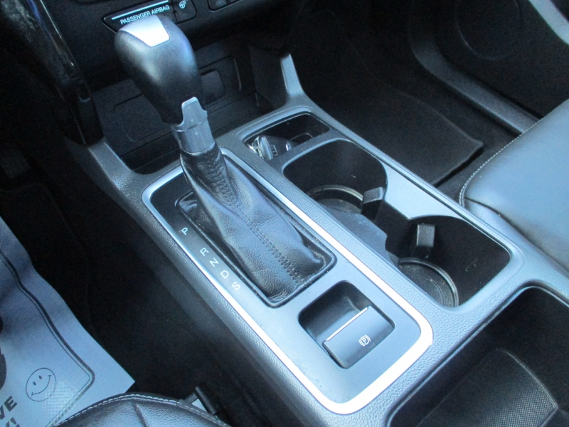 Ford Escape 2017 price $17,500