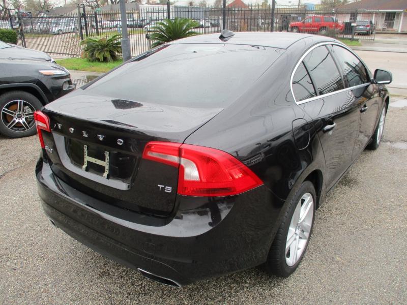 Volvo S60 2014 price $7,995
