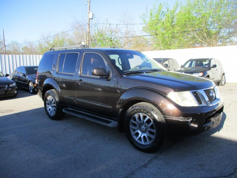 Nissan Pathfinder 2011 price $7,900