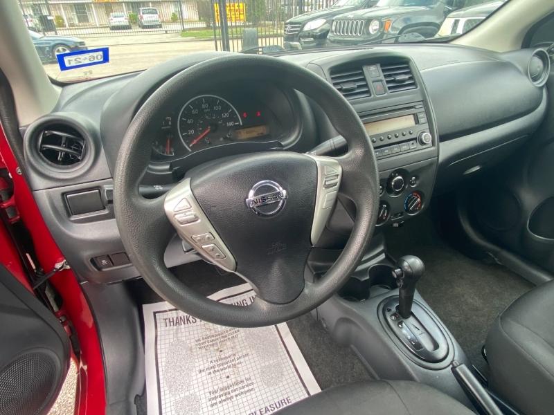 Nissan Versa 2015 price $5,950