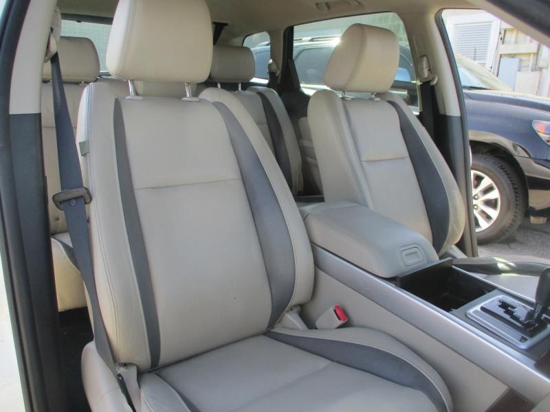 Mazda CX-9 2009 price $5,900