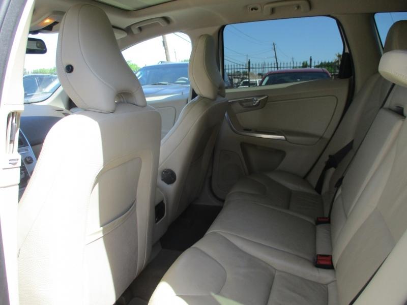 Volvo XC60 2012 price $6,500