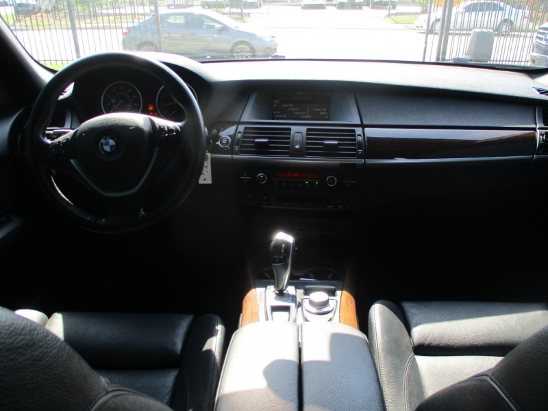 BMW X5 2008 price $9,250