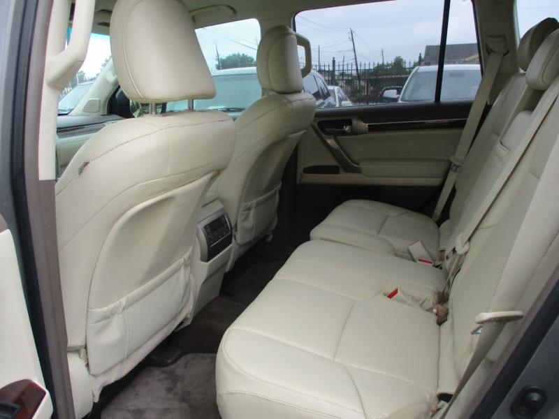 Lexus GX 460 2011 price $19,950
