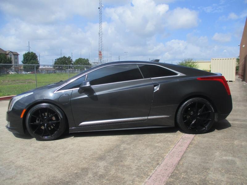 Cadillac ELR 2014 price $17,500