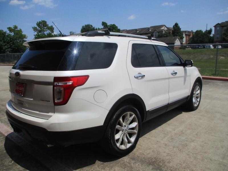 Ford Explorer 2013 price $15,500