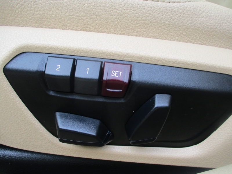 BMW 3-Series 2015 price $14,200