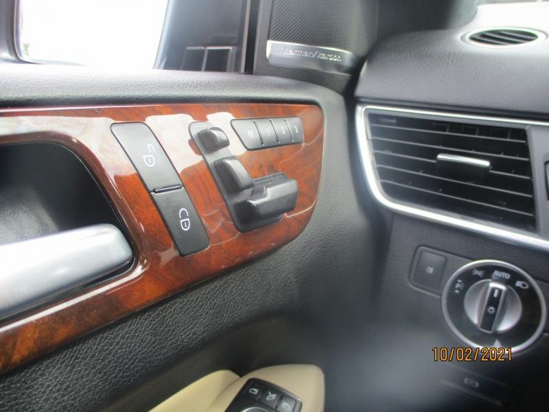 Mercedes-Benz M-Class 2013 price $13,500