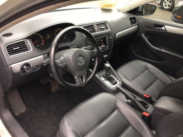 Volkswagen Jetta 2011 price $6,950