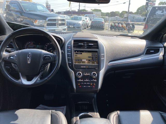Lincoln MKC 2016 price $14,450