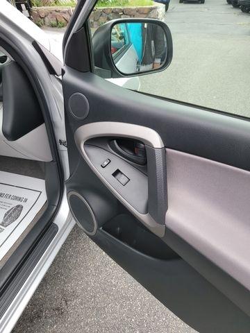 Toyota RAV4 2007 price $9,950