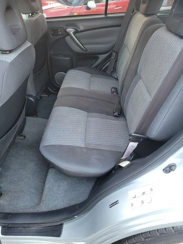 Toyota RAV4 2005 price $7,950