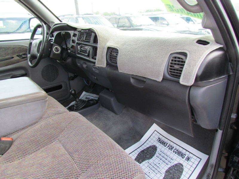 Dodge Ram 1500 2001 price Call for Pricing.