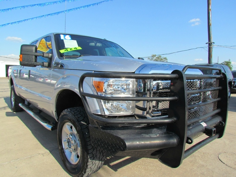 Ford Super Duty F-250 2016 price Call for Pricing.