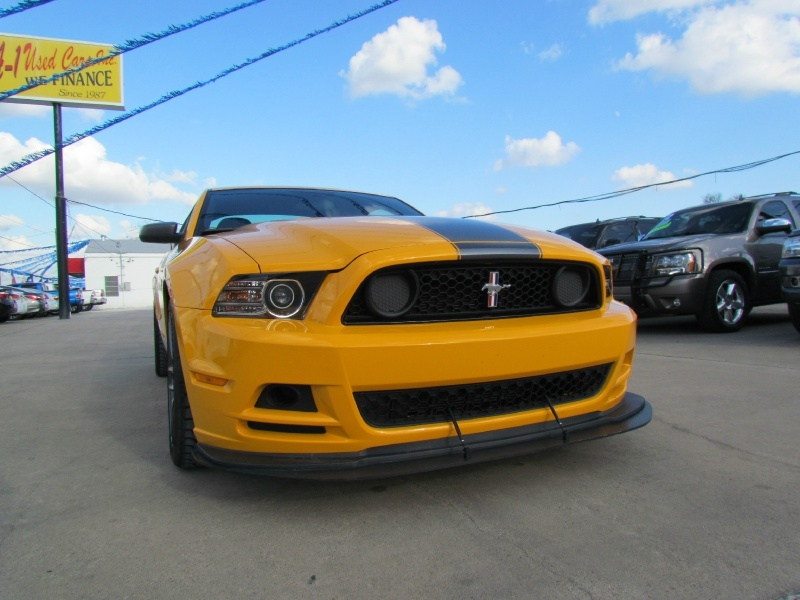 Ford Mustang 2013 price $51,550