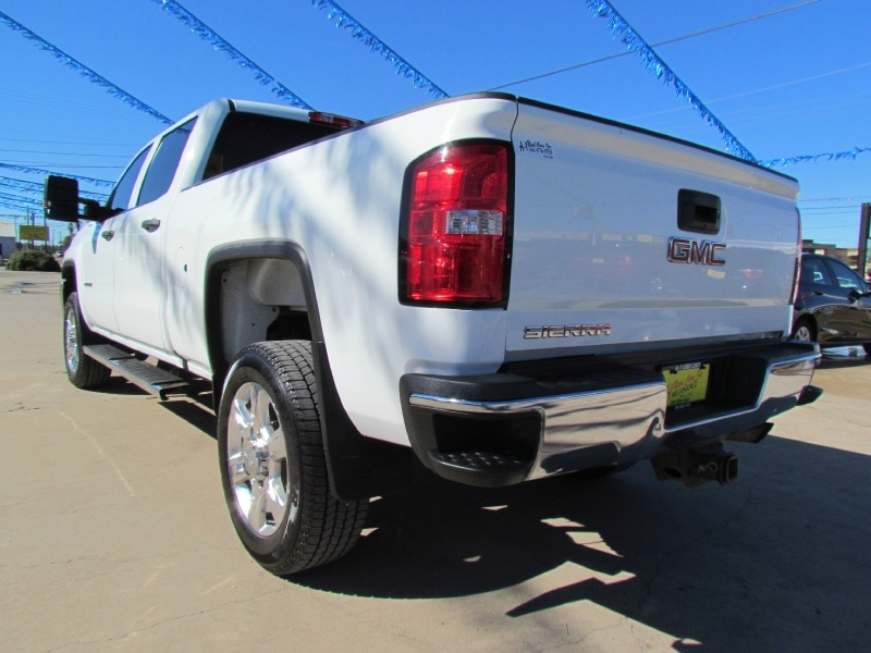 GMC Sierra 2500HD 2018 price Call for Pricing.