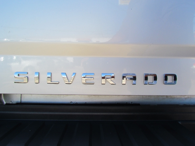 Chevrolet Silverado 2500HD 2015 price Call for Pricing.