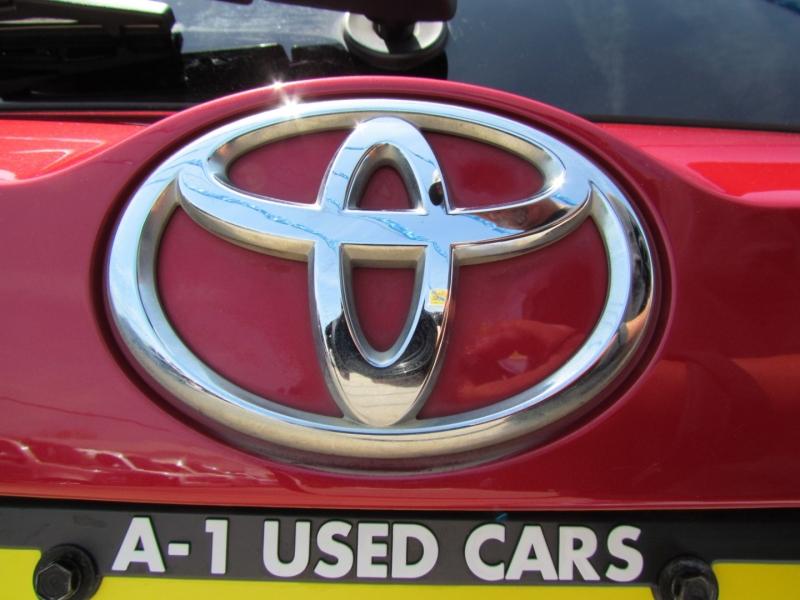 Toyota RAV4 2015 price Call for Pricing.