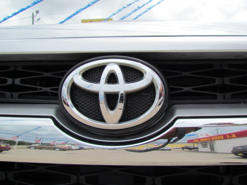 Toyota 4Runner 2015 price Call for Pricing.