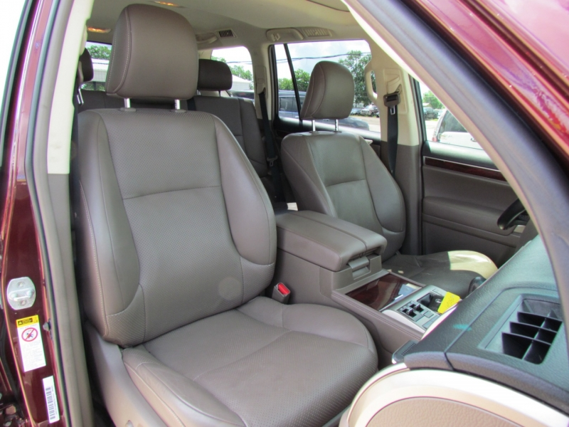 Lexus GX 460 2011 price Call for Pricing.