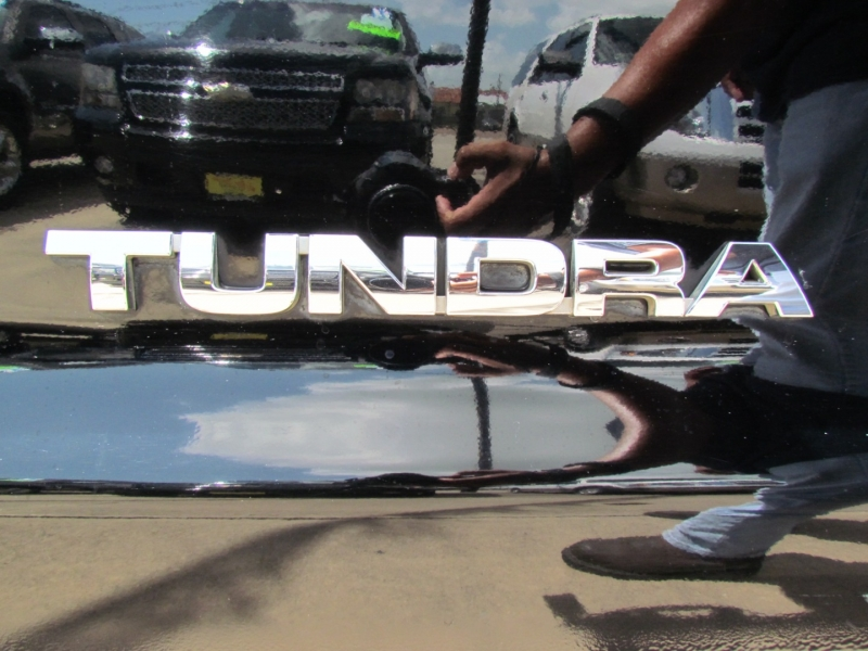 TOYOTA TUNDRA 2008 price Call for Pricing.